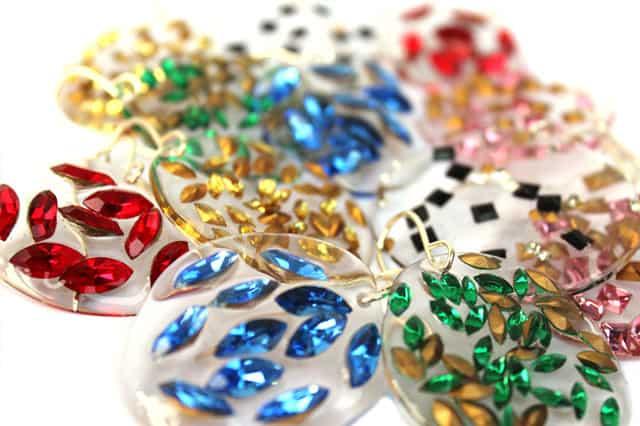 Liana Kabel - Κοσμήματα από τάπερ... 2