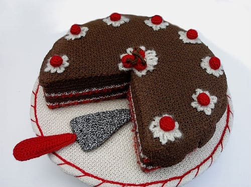 knitted_cake