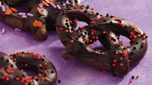 pillsbury_chocolate_pretzels