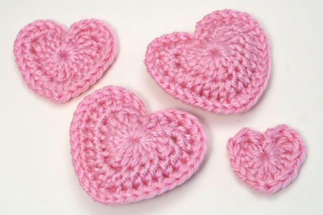 Καρδιές με βελονάκι 1