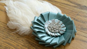 feather_brooch