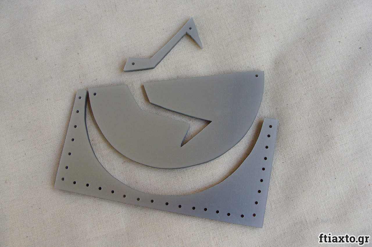 Koσμήματα από plexiglass 2