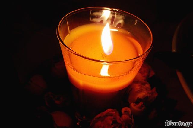 Κερί σόγιας σε ποτήρι