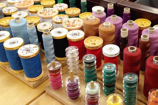 Κλωστές για ράψιμο