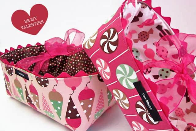 Καλάθια από ύφασμα για γλυκά και δώρα 1