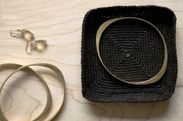 Πιατάκια για κοσμήματα με βελονάκι