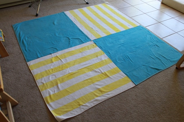 Τεράστια πετσέτα παραλίας