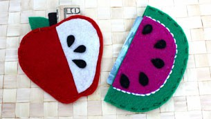 felt_fruit_pouches