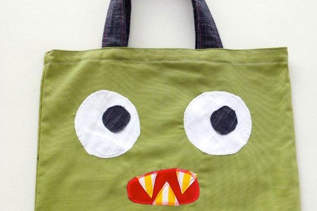 Τσάντα τέρας από μαξιλαροθήκη 2