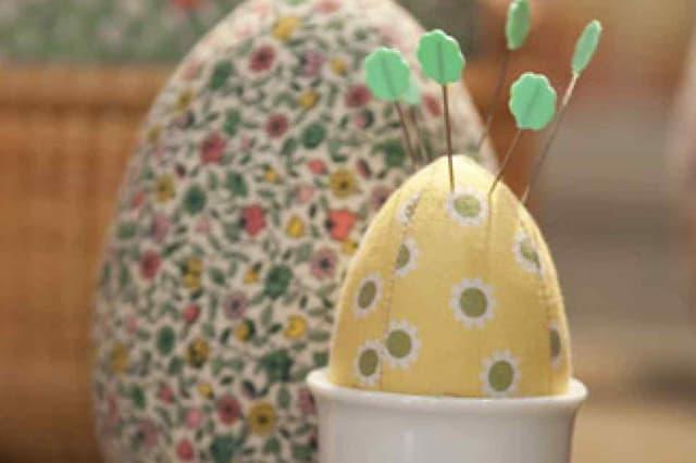 Πασχαλινά υφασμάτινα αυγά 2