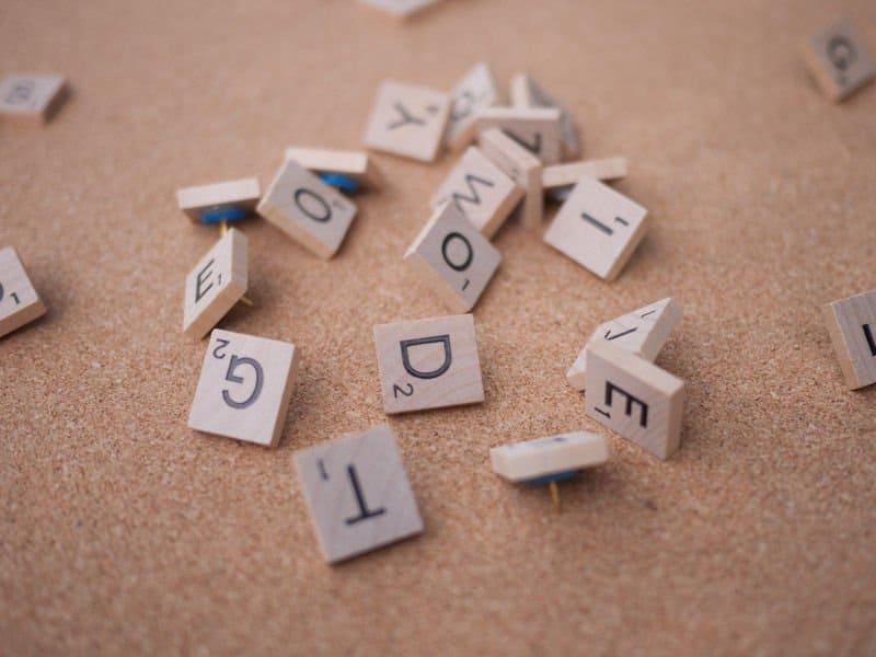 6+1 ιδέες με γράμματα από το scrabble 6