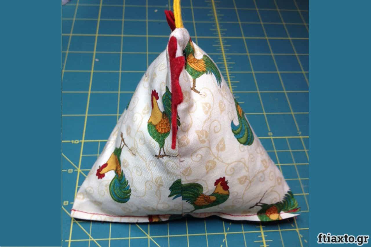Μια κότα στρουμπουλή ή μάλλον τριγωνική 5