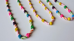 Straw_Necklace_intro