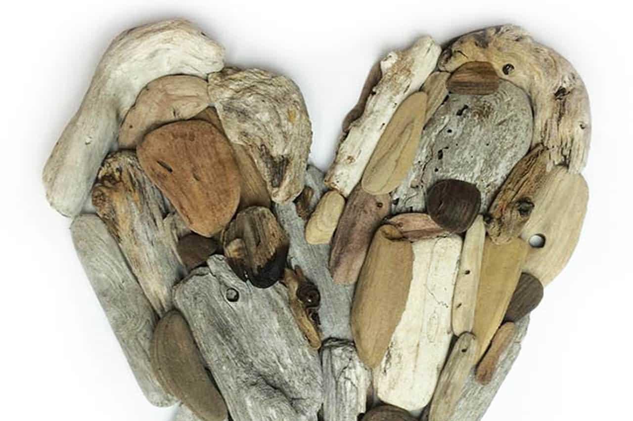 Καρδιά από ξύλα της θάλασσας 1