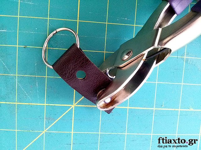 leather-keychain-3
