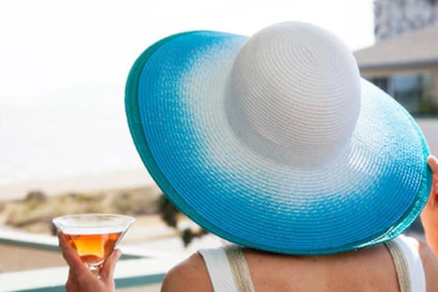 Βάλε χρώμα στο καλοκαιρινό καπέλο σου 1