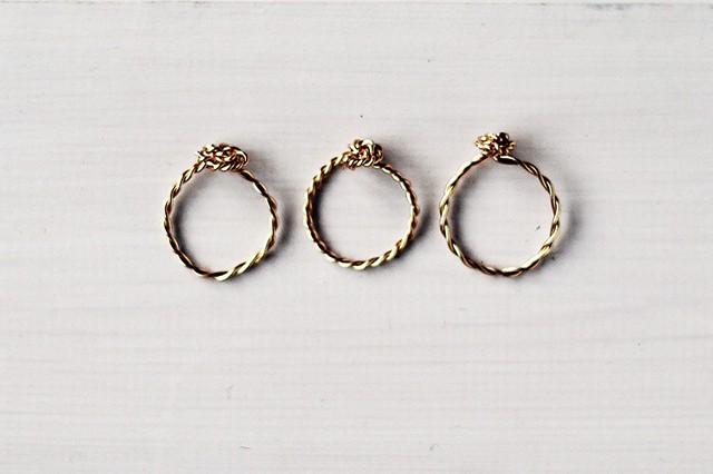 Στριφογυριστό δαχτυλίδι από σύρμα 1