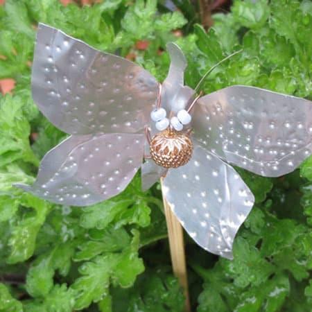 6+1 ιδέες για χειροποίητες πεταλούδες 4