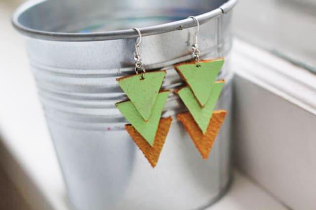 Δερμάτινα σκουλαρίκια με τρίγωνα 3