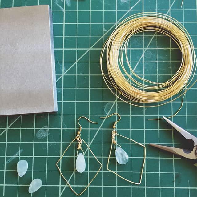 gold-earrings-4
