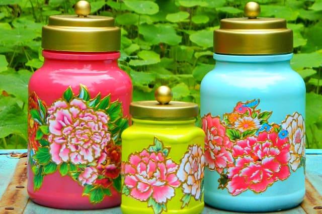 Γυάλινα βάζα με λουλούδια 2