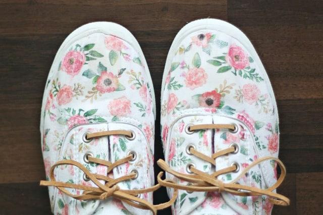 Σιδερότυπο σε παπούτσια 1