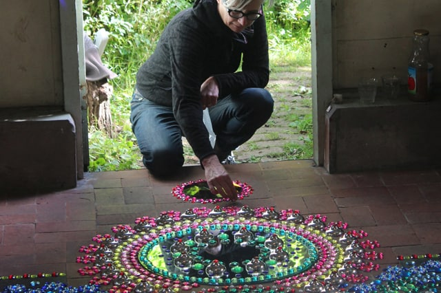 Suzan Drummen: Τέχνη με γυαλάκια 2
