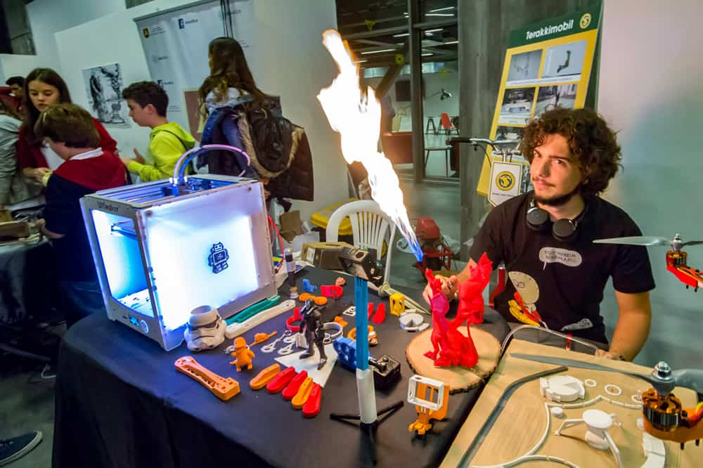 Mini Maker Faire Athens 2016: Call for makers 9