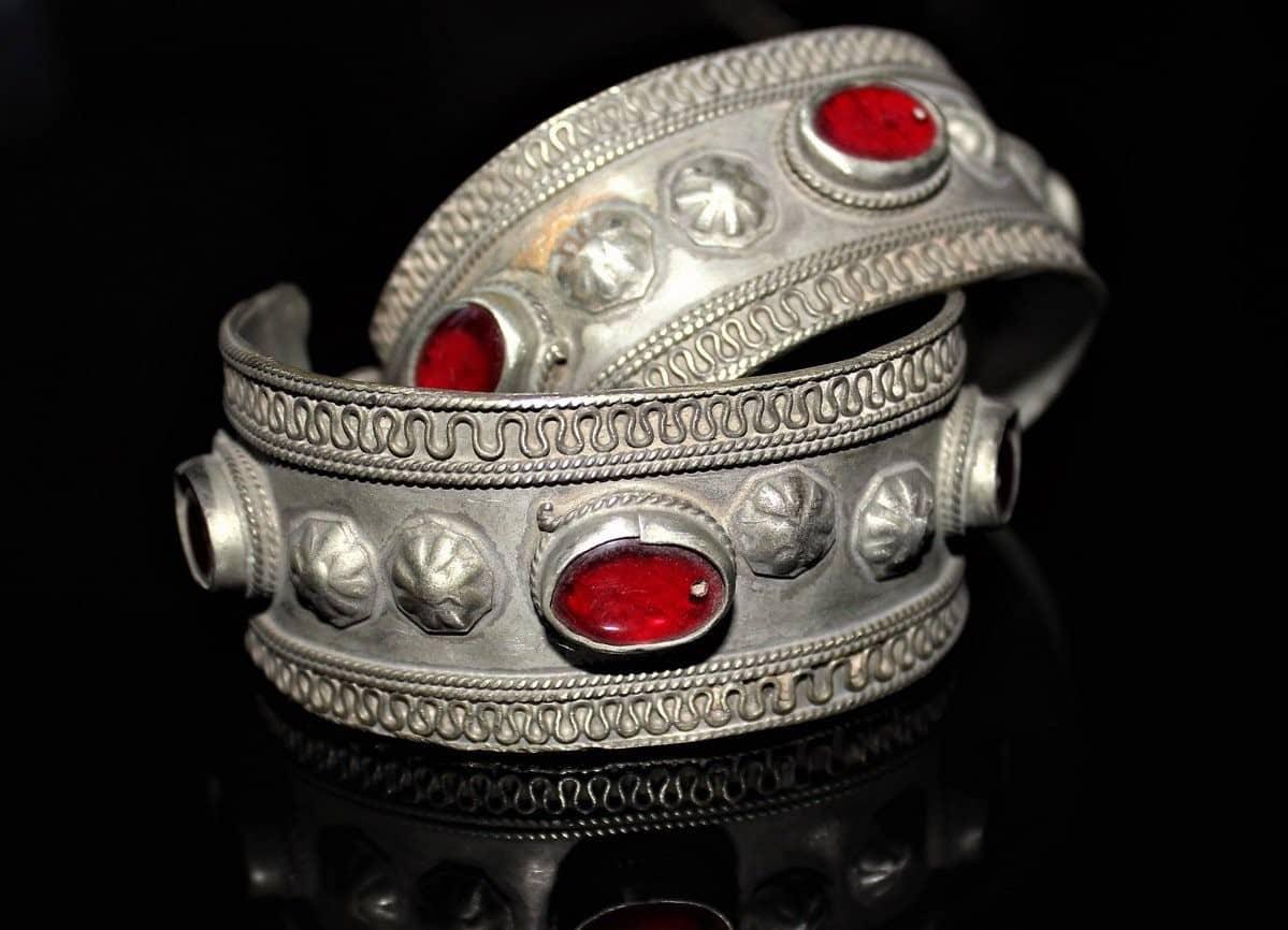 Το Μπαούλο της Γιαγιάς: Vintage κοσμήματα και αντικείμενα 8