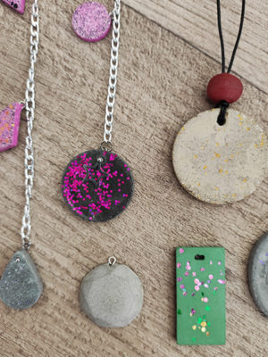 online σεμινάριο κοσμήματα τσιμέντο