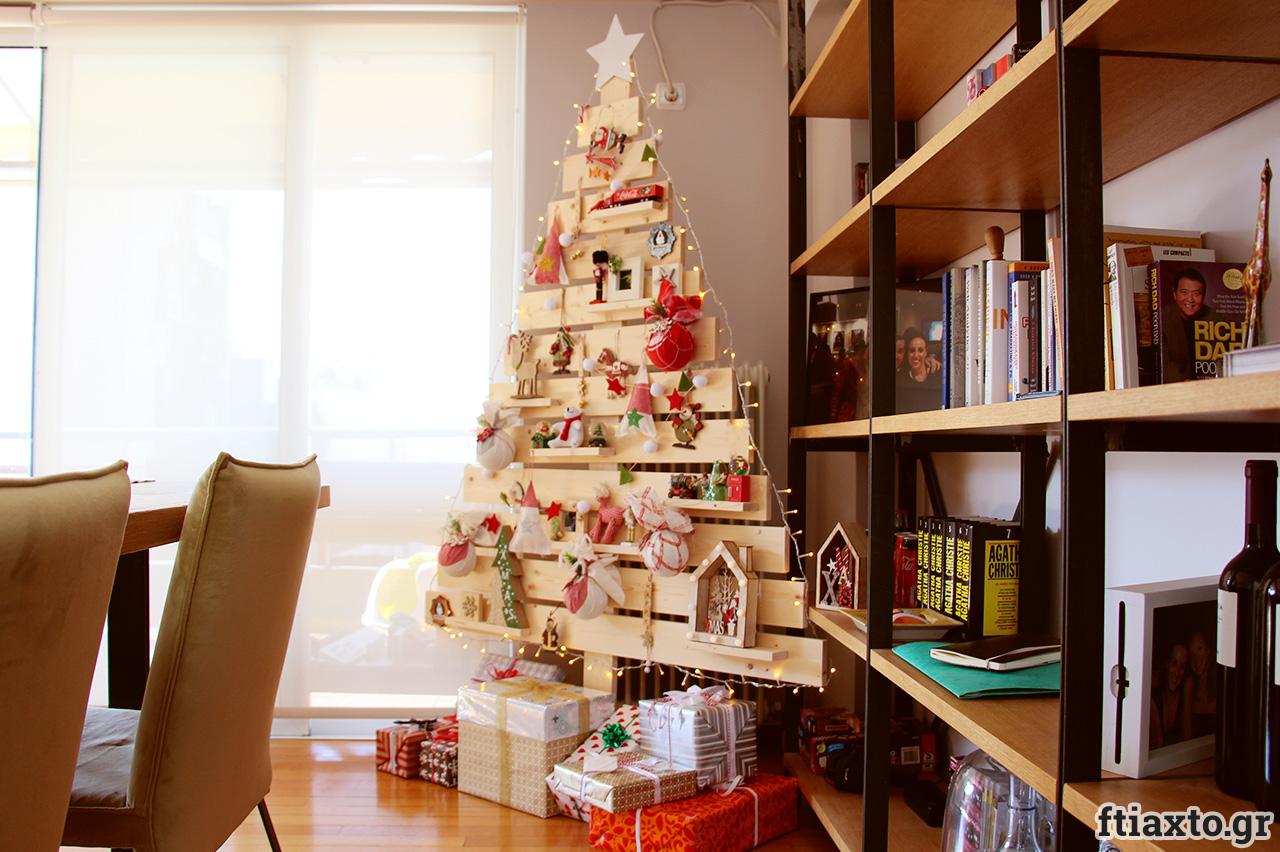 DIY Χριστουγεννιάτικο δέντρο από τάβλες